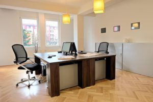 Sunny 2 desk office table with wood flooring